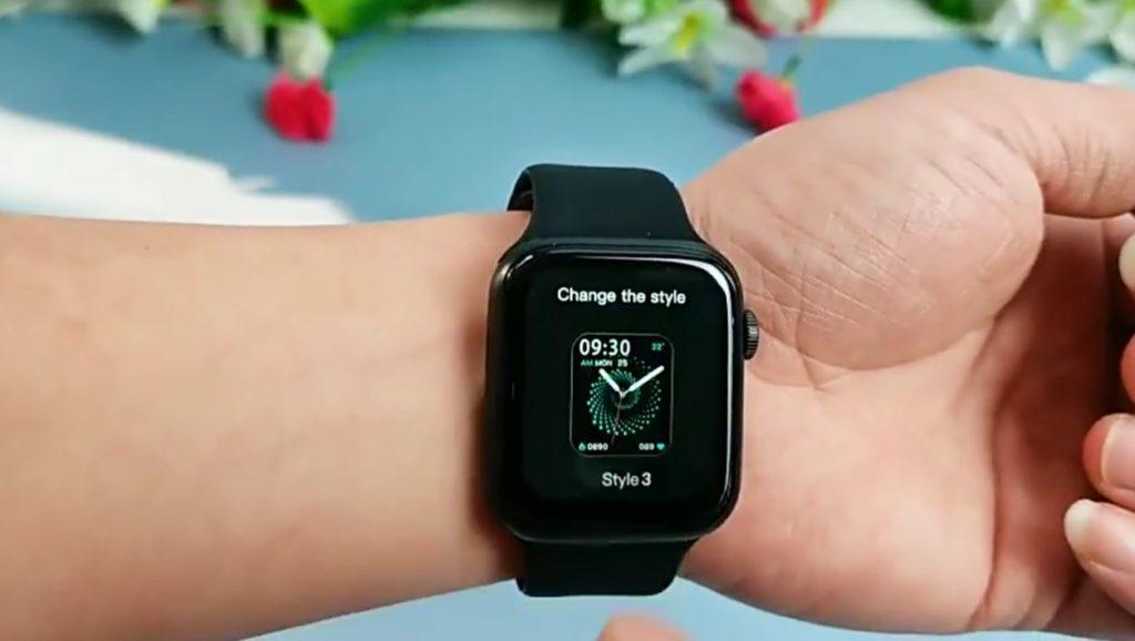 HW22 Smartwatch Review Best Clone Of Apple Watch in 2021 10 / lahorestore.pk