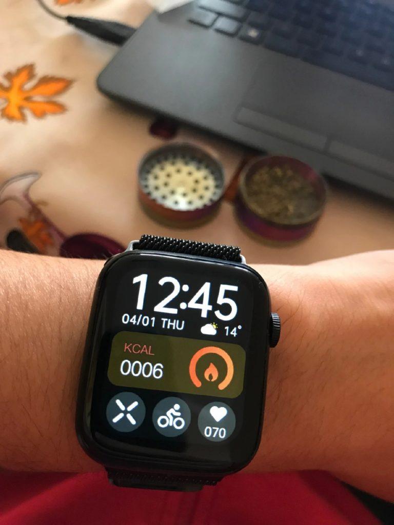 HW22 Smartwatch Review Best Clone Of Apple Watch in 2021 15 1 / lahorestore.pk