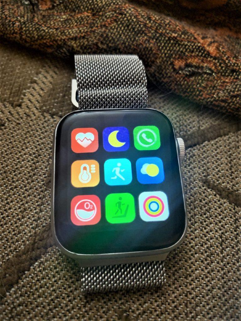HW22 Smartwatch Review Best Clone Of Apple Watch in 2021 8 / lahorestore.pk